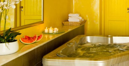 Jacuzzi & Stream Room Packages